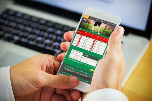 Топ приложений и программ для ставок на футбол с телефона